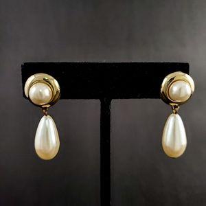 VINTAGE Gorgeous Golden Pearl Drop Earrings